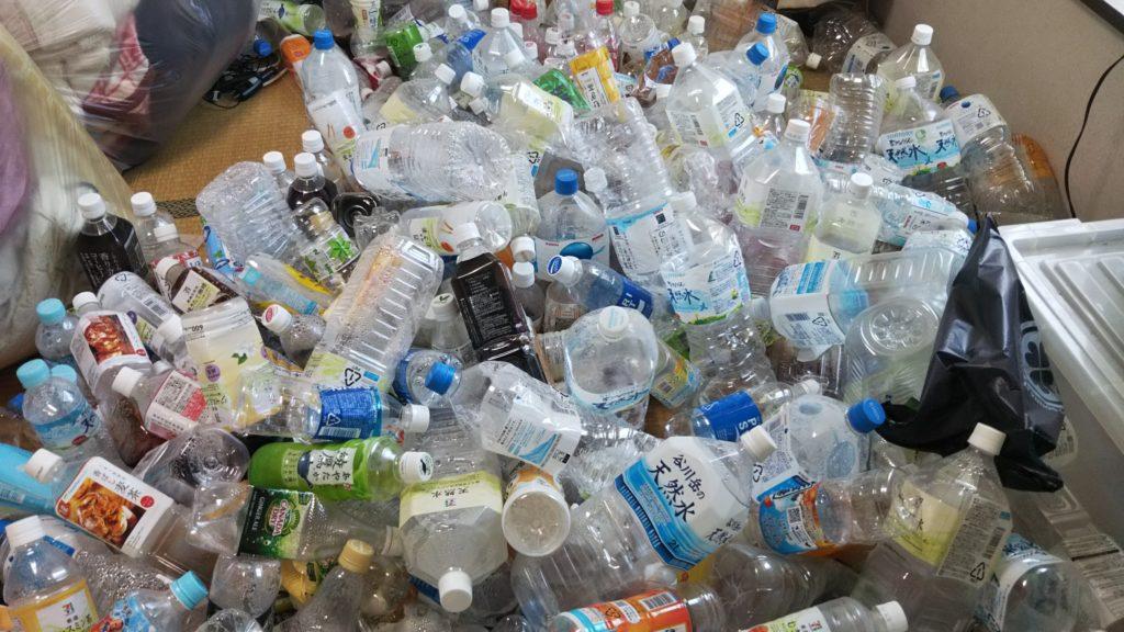 所沢市 ゴミ屋敷部屋のペットボトル片付け